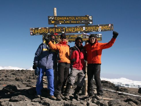 Team HOCH-FORM am Kilimanjaro