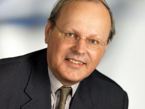 Porträt Prof. Dr. Metka